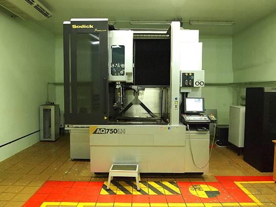 Проволочно-вырезной электроэрозионный станок Sodick AQ750LH